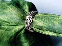 Oak leaf wedding rings